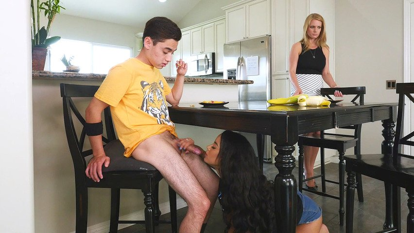 teen pussy fuking son