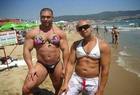 Γιατι κυρία μου; Ξέρετε τι καλή μανούλα είναι ο αριστερός;