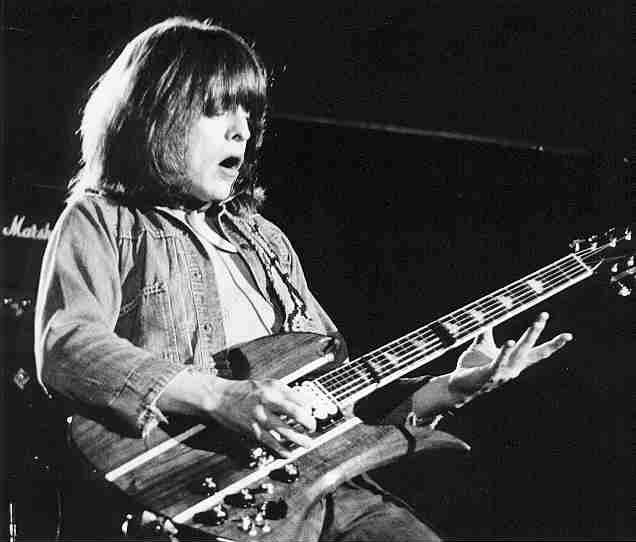 A very happy birthday to the great Rick Derringer!!!