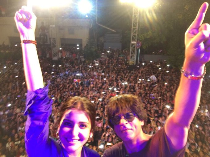 Harry & Sejal's Safar in the City of Joy was awesome. Love to u all....  https://t.co/siaDyudp4L https://t.co/g3BVg2Ji6D