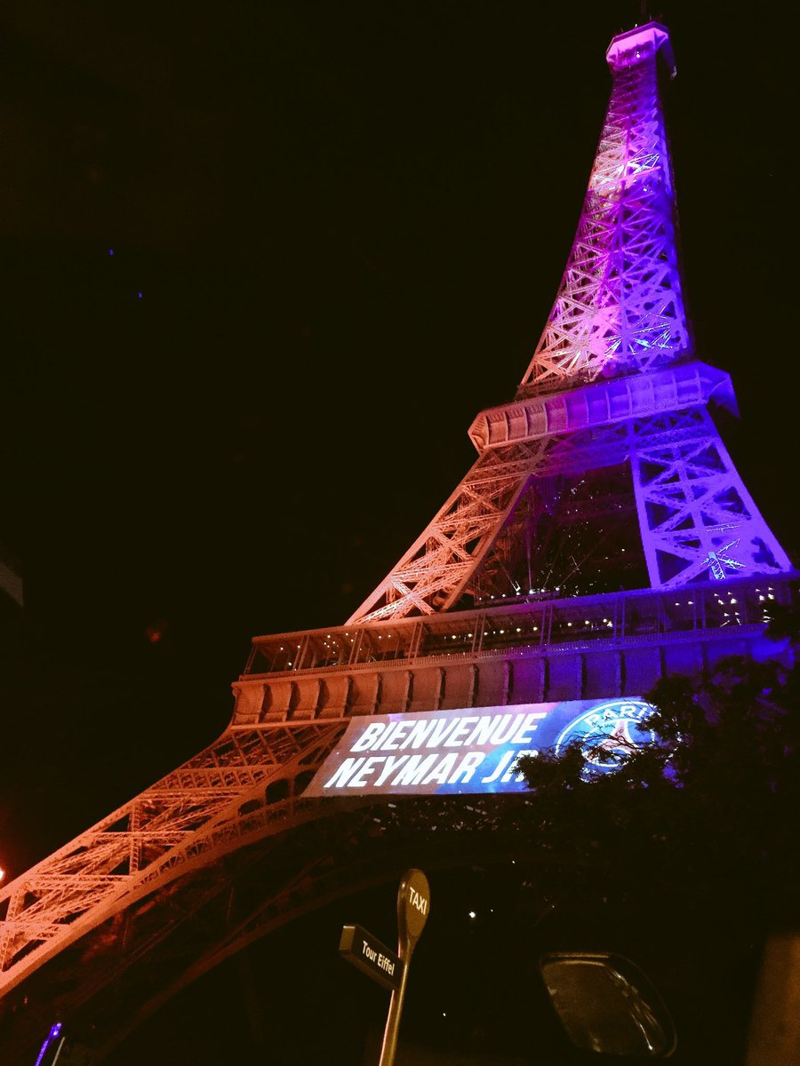 Get French Football News On Twitter The Eiffel Tower Welcomes Neymar To Psg