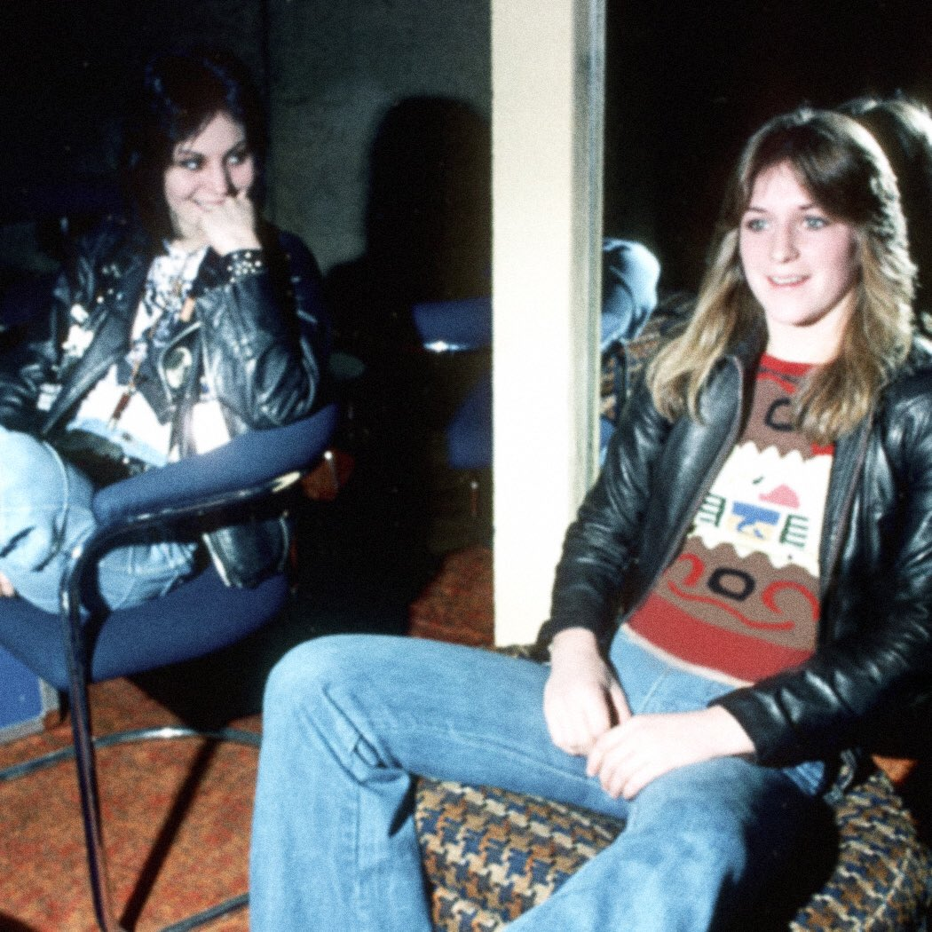 42 years ago today, Joan Jett, Sandy West and Kim Fowley started The Runaways. https://t.co/ICgTe8oXxN