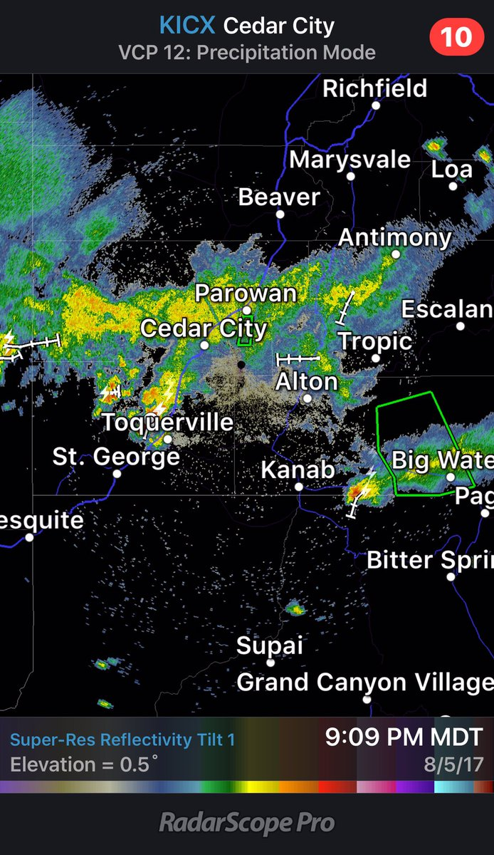 T-Storms continue over S. #Utah. #Flash #Flood #Warning SC Kane Co. Heavy #rain I-15 Corridor (Toquerville) heading towards St. George #UTwx<br>http://pic.twitter.com/vMJBtOuunV
