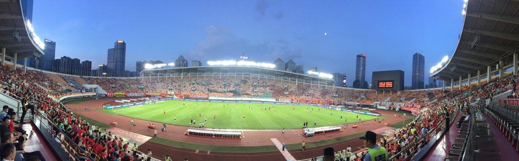 First time, Guangzhou Evergrande 👏🏻🇨🇳⚽️🏆 https://t.co/B3koszf5Ty