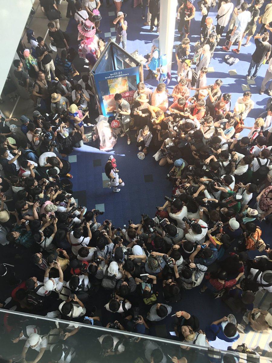 DGhtzrXUMAEkJud Enako tiếp tục thu hút Fan hâm mộ tại World Cosplay Summit