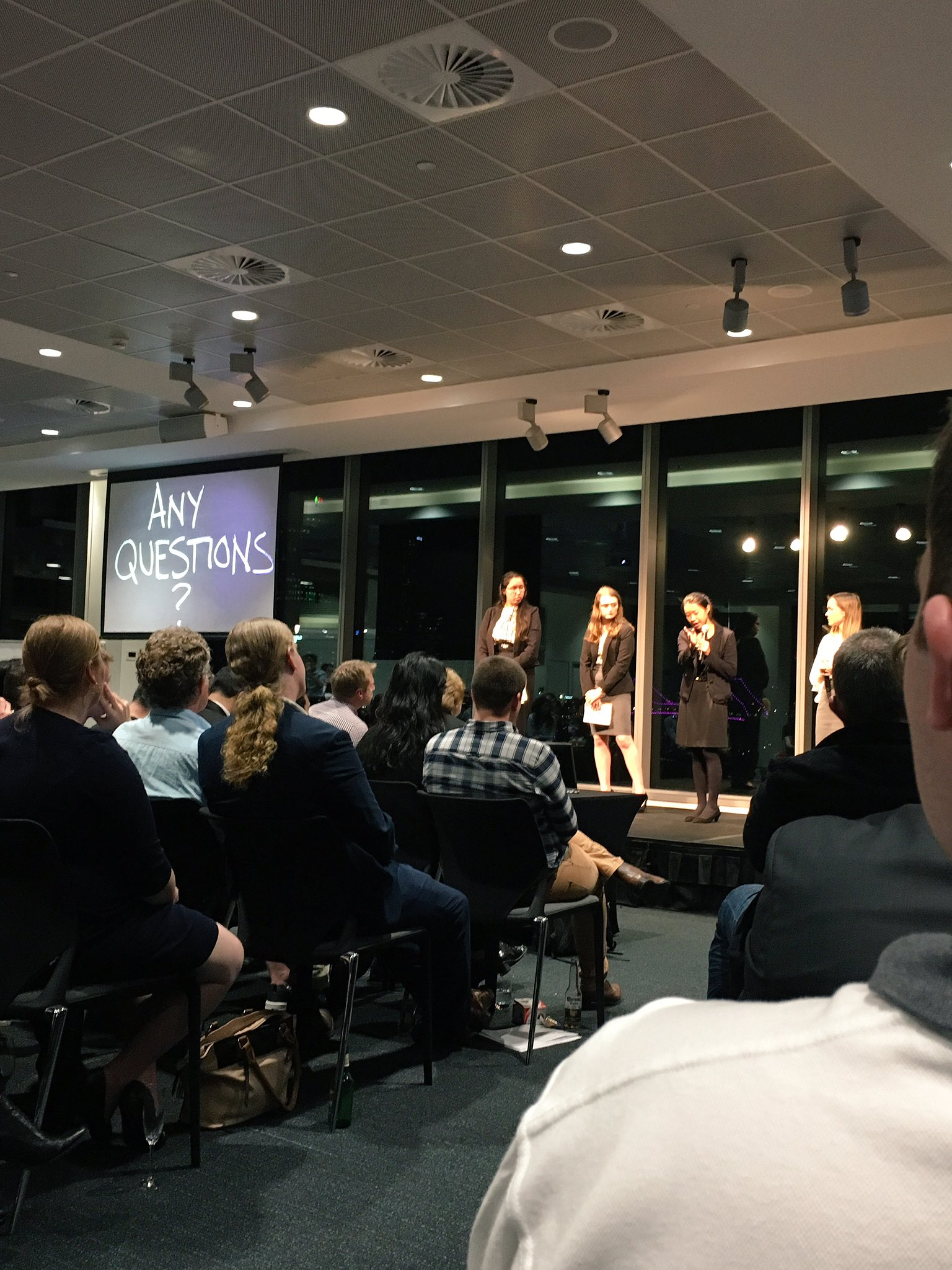 Bravo to the @AllensLegal team- great strategies on how to #innovate the current CPD landscape #DisruptingLaw #Legaltech #auslaw #startupaus https://t.co/r4SWgLheei