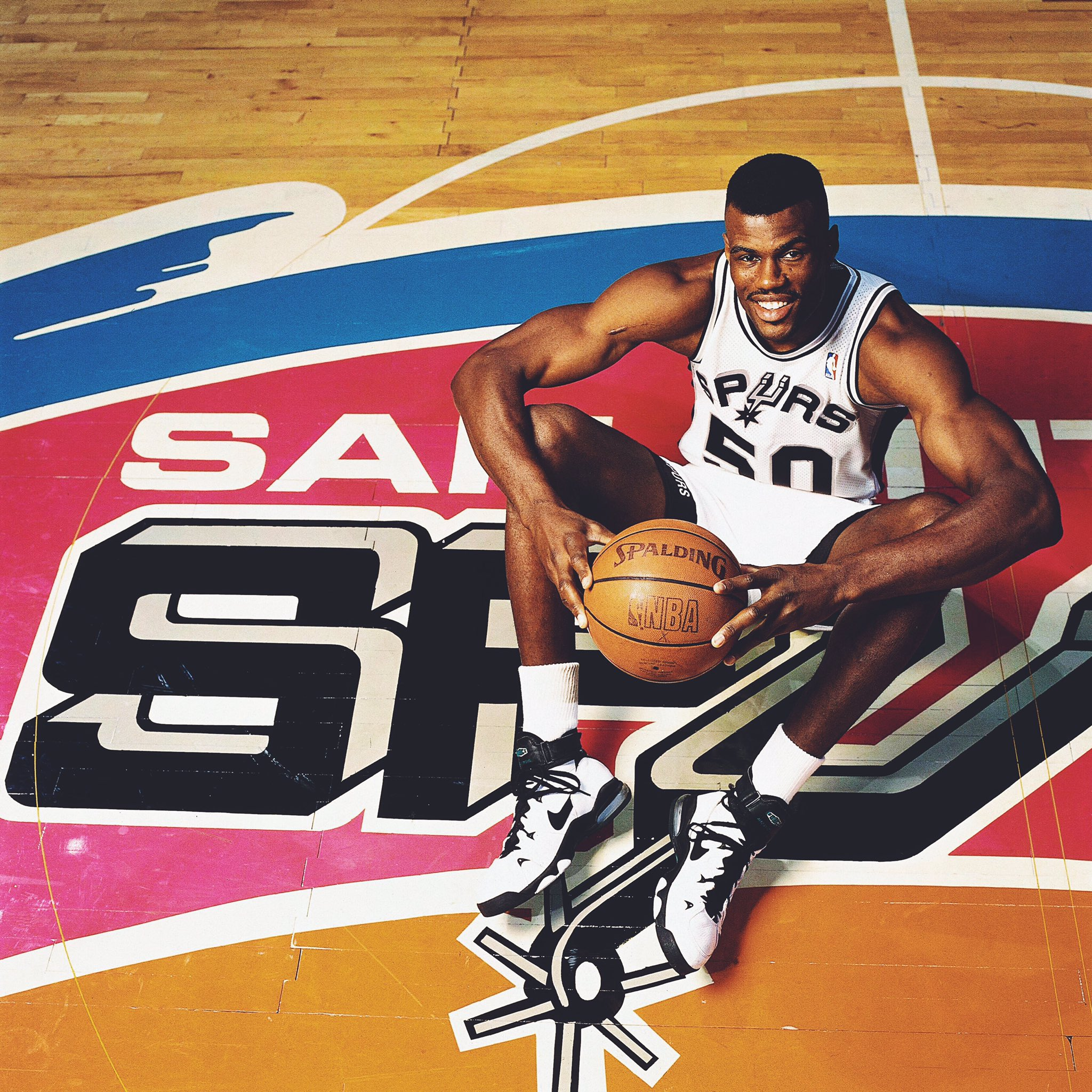 RT to join us in wishing  @DavidtheAdmiral a very happy birthday! �� https://t.co/YK2dpKalbo