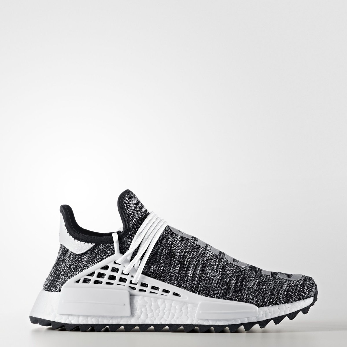 more photos 6e531 93f33 Official adidas images of the upcoming Black White  Pharrell x adidas NMD  Hu Trail, rumored to release in November.pic.twitter.com 5hL5xmEEgQ