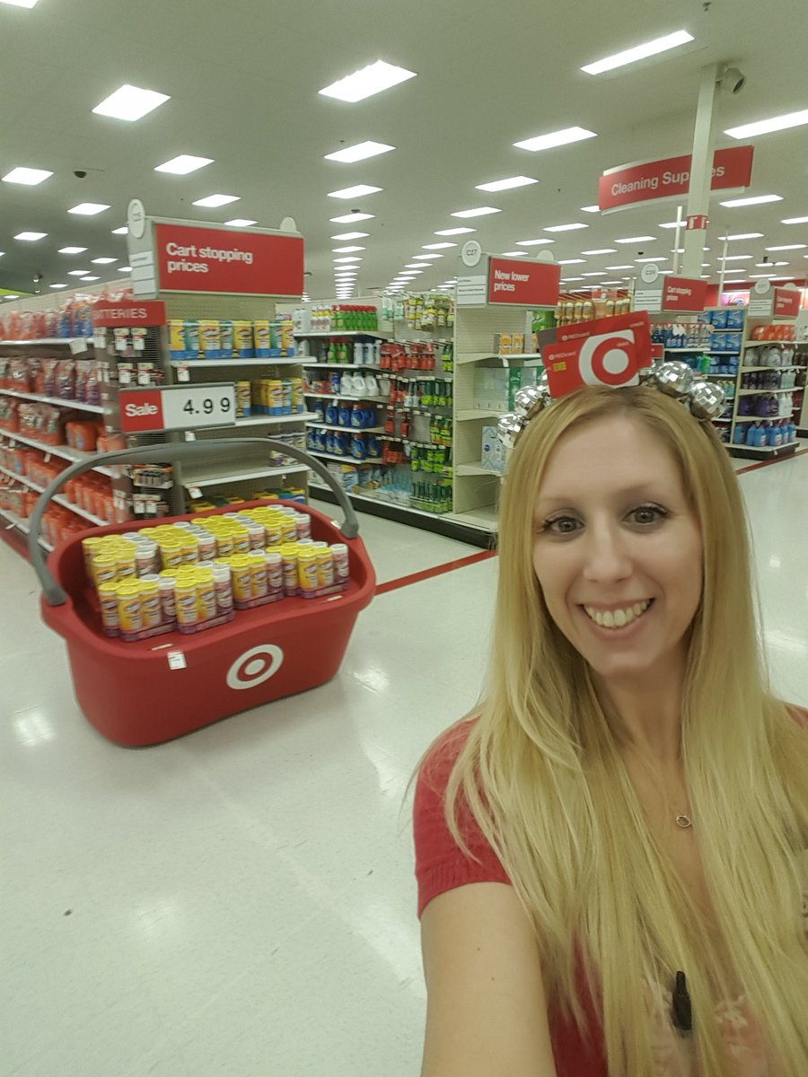 Loving our new giant baskets.can we say increased basket size..#T1805 #drivingsales <br>http://pic.twitter.com/BbQMEEQZht