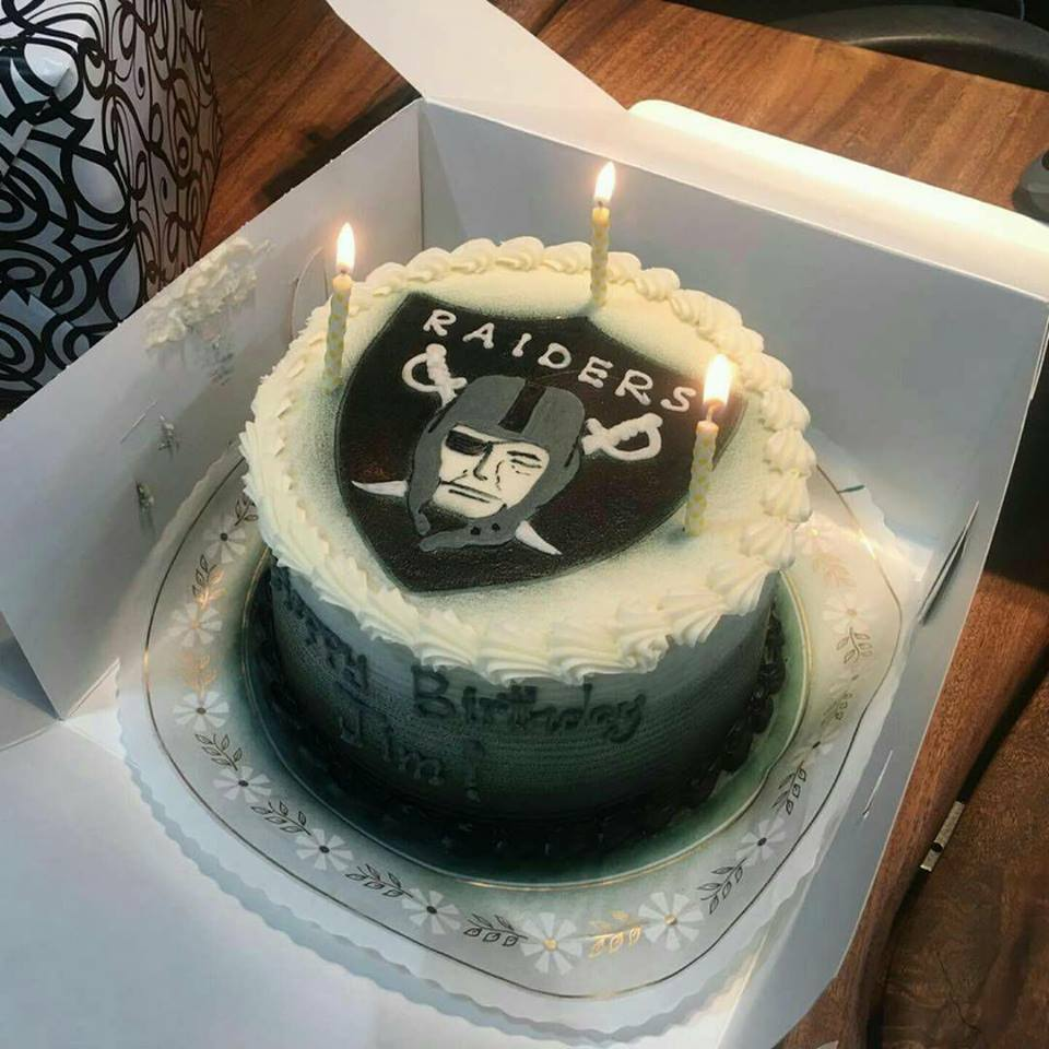 Pictures On Oakland Raiders Birthday Cake