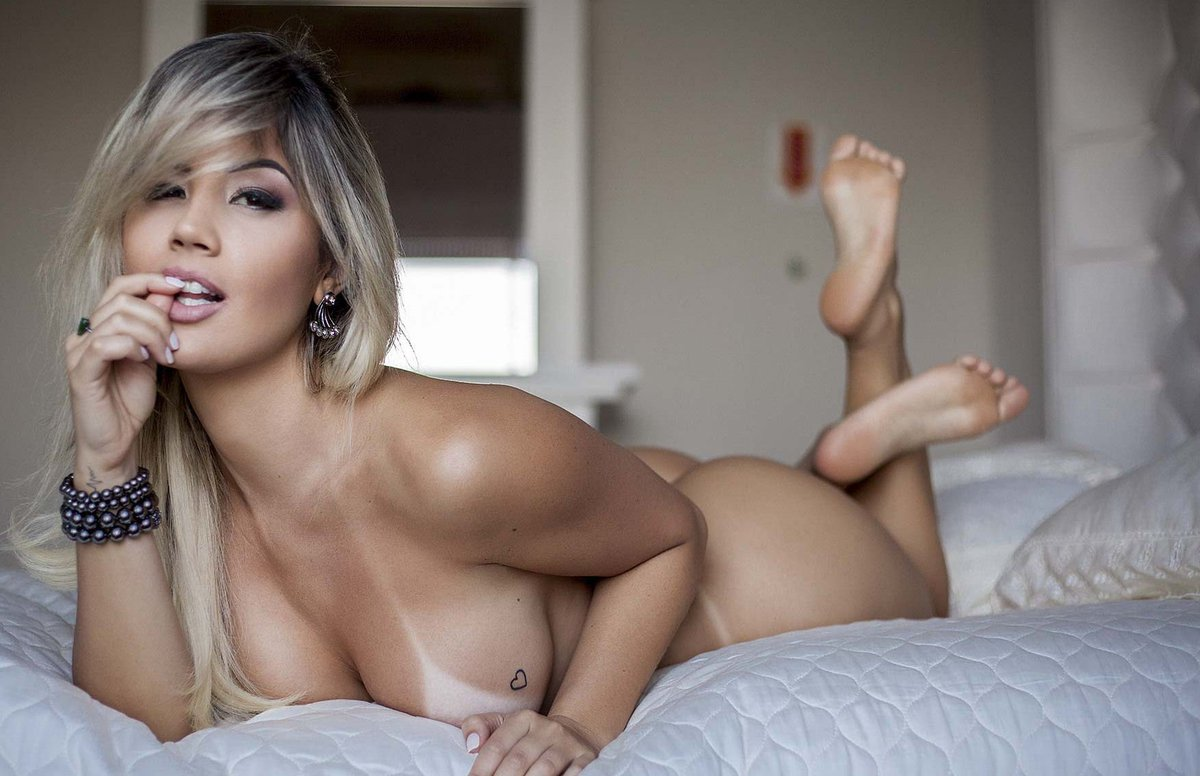 sexy nude girls agers hd images