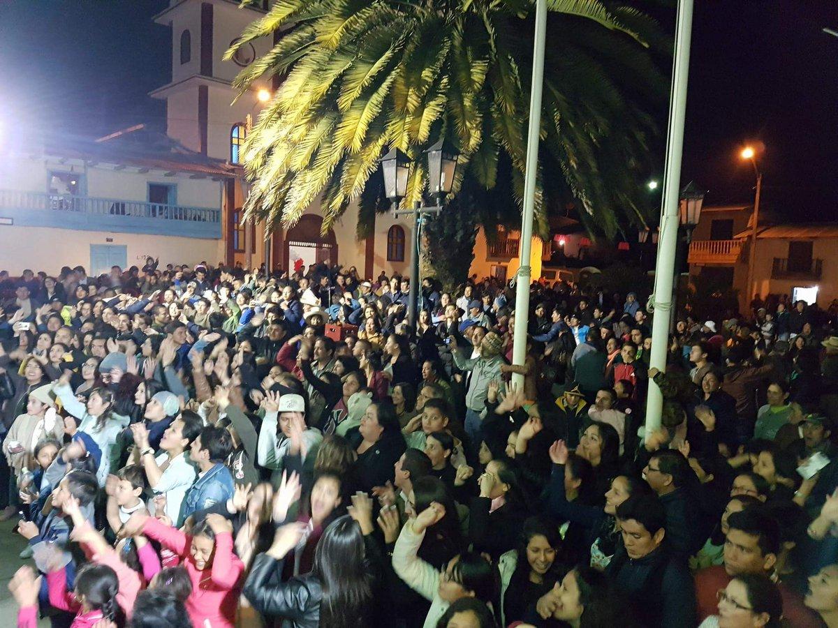 Gracias por todo.... hasta pronto Chugur Cajamarca  ....... los queremos mucho, la pasamos lindo.... fin de la gira https://t.co/sdLO6GM8OI