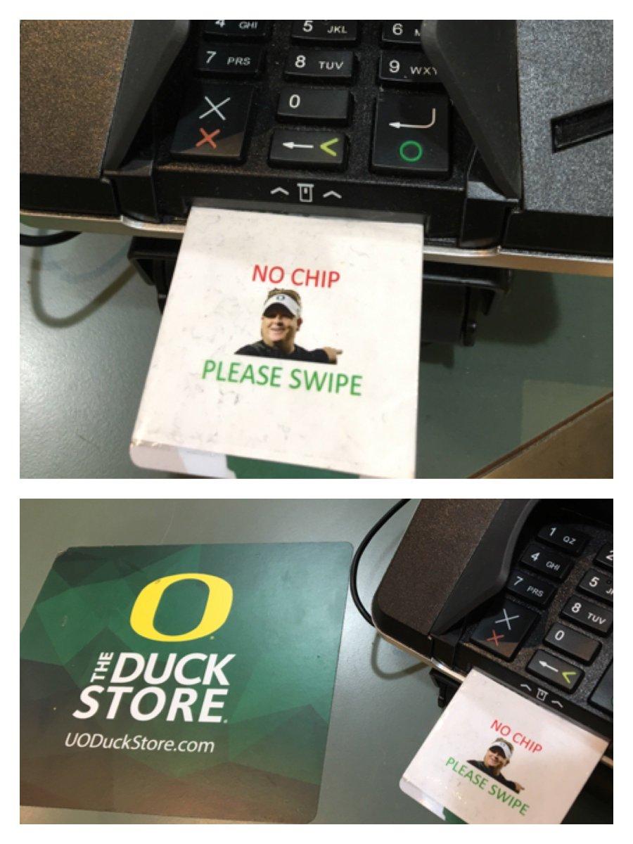 Well played, Duck Store. LOL https://t.co/MlZaaNkwdj
