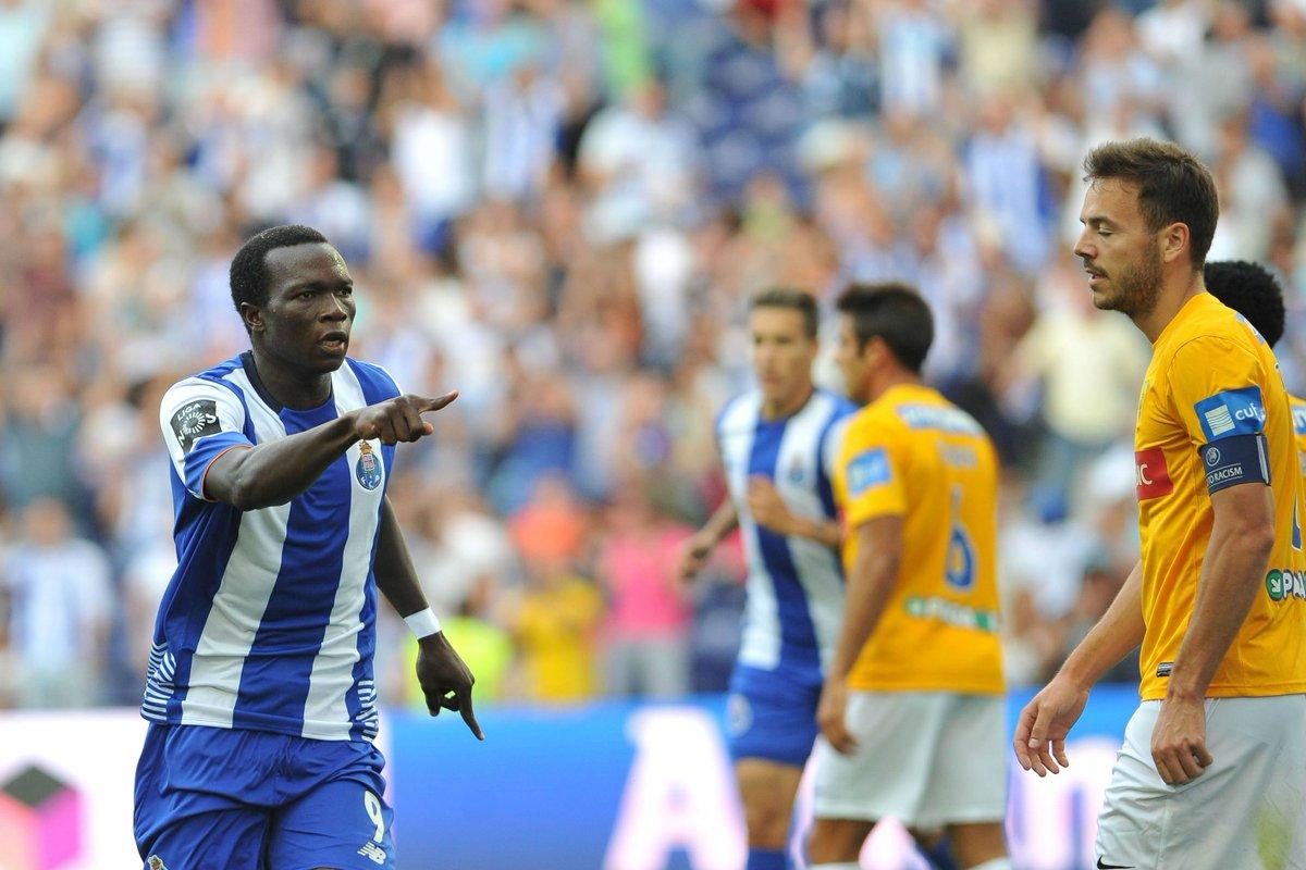 ⌛️ - de 48 horas para o FC Porto-Estoril ⚽️  ☑️ 5 vitórias consecutivas ☑️ 13-2 em golos neste ciclo ☑️ Aboubakar: 4 jogos/3 golos  #FCPorto