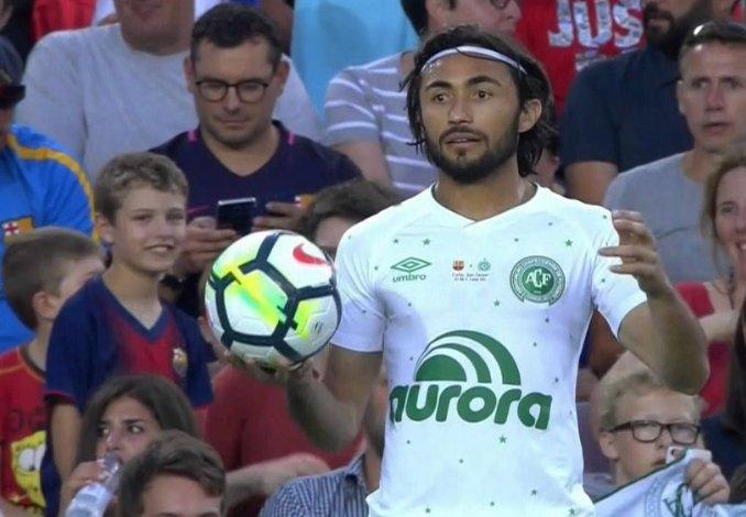 APODI  - Jogador mais rápido do mundo - Pouca mídia, muito futebol - Faixa na cabeça - Jogador raiz  - Dois chapéus no Alba