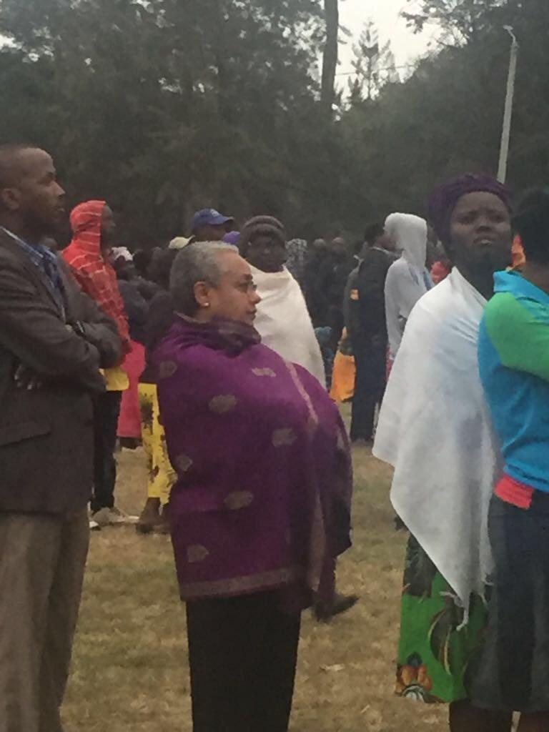 First Lady Margaret Kenyatta on the queue to vote #KenyaDecides #Decision2017 https://t.co/NTOYXixNRR