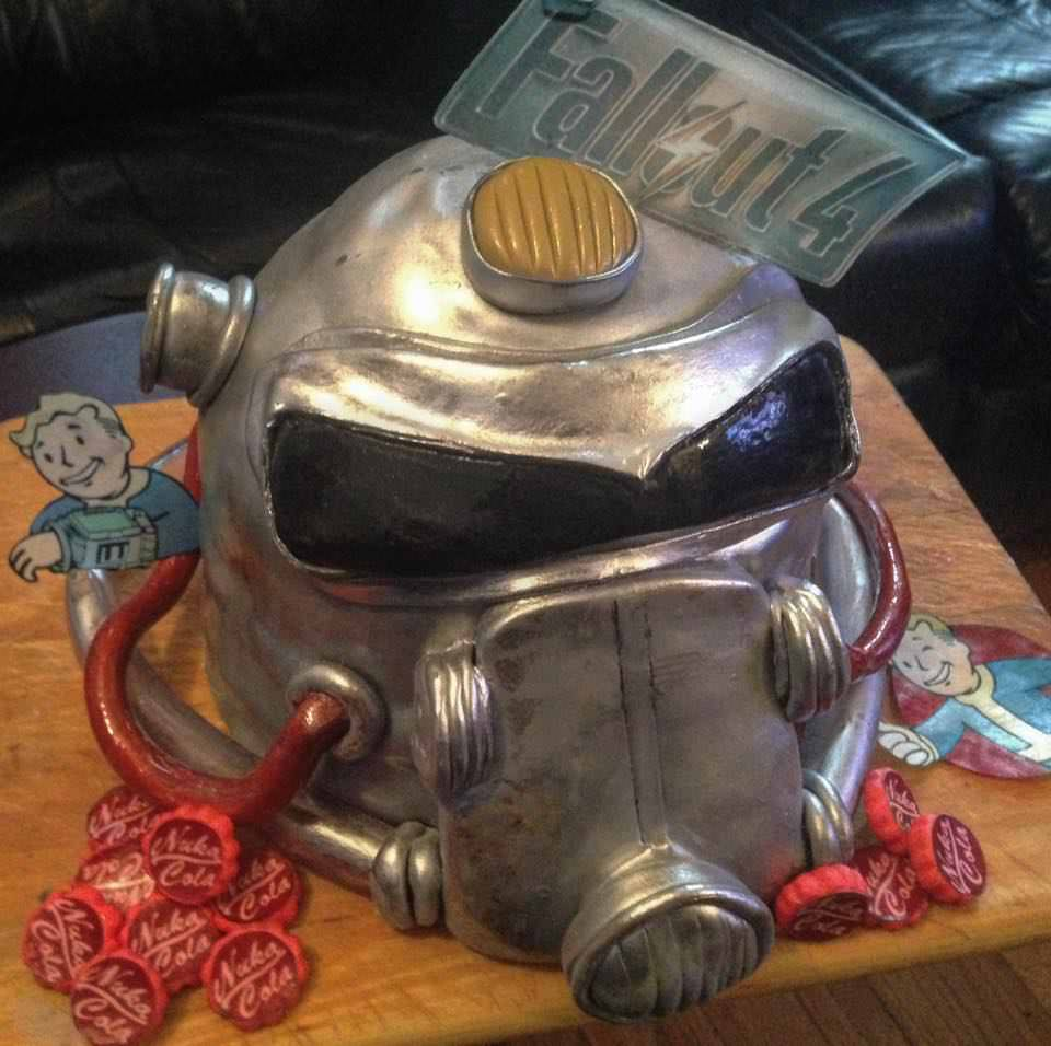 #Geek Awesome of the Day: #Fallout Gas Mask #Videogames #Cake via @BestGamezUp #SamaCake #SamaGeek