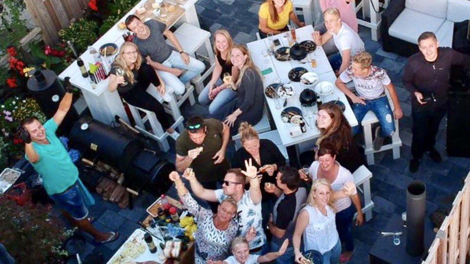 Het eerste #BBQfeest zit er alweer op na de vakantie. Compleet verzorgd #partyregelaar #drone