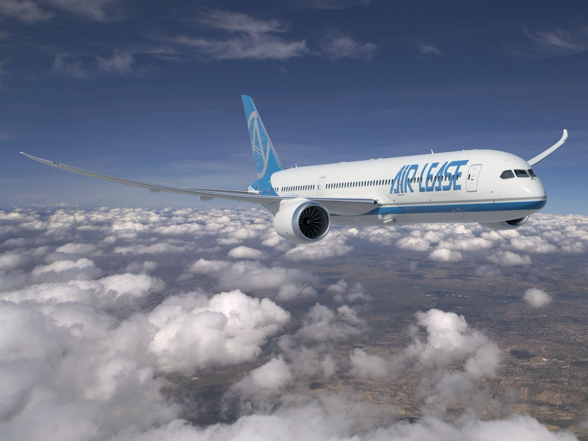 boeing airplanes on twitter