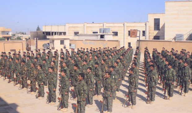 #Syria: 200 newly-trained #SDF &amp; #Kurdish fighters deploy to #Raqqa to complete the clearout of #ISIS.  http:// bit.ly/2unZT5v  &nbsp;   #1ab #Karim <br>http://pic.twitter.com/hLs1kkhoP9