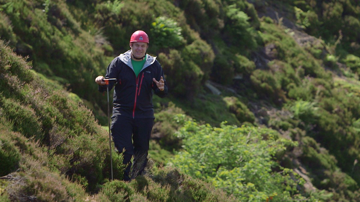 How might climate change affect landslides? Filming new #ResearchSpotlight with @CU_EARTH, launching Sept. #ResearchImpact #NERC #Swaledale<br>http://pic.twitter.com/hIuhJ0CdQO