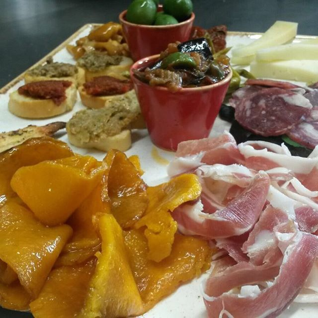 The Antipasto at Enzo&#39;s Kitchen Piccadilly #antipasto #tastings #tastingsicilyuk @tastingsicilyuk ... -  http://www. thesicilianchef.co.uk/2017/08/09/the -antipasto-at-enzos-kitchen-piccadilly-antipasto-tastings-tastingsicilyuk-tastingsicilyuk-ficukdelegation-ficukdelegation/ &nbsp; … <br>http://pic.twitter.com/co5jTruv60