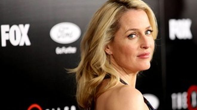Happy birthday gillian anderson  An incredible actress and a wonderful person Love from argentina