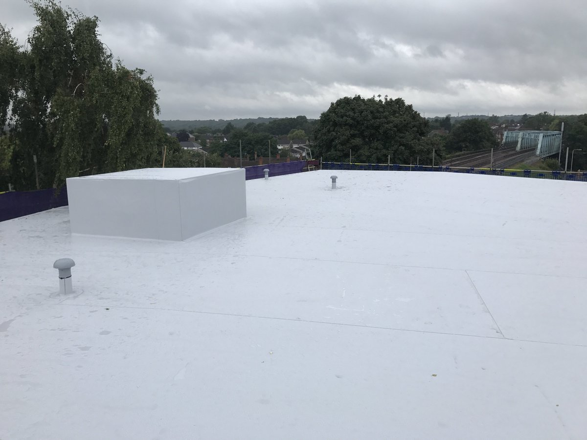 @SikaSarnafilUK Single Ply Roofing in Northwood #SinglePly #Roofing<br>http://pic.twitter.com/Ndf7uT8iEb