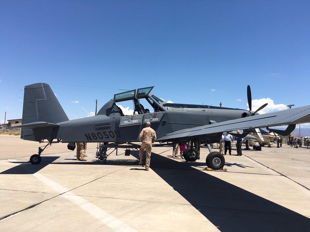 الوداع المؤجل - A-10 Thunderbolt II - صفحة 4 DGz4JZ4UQAAxWVs