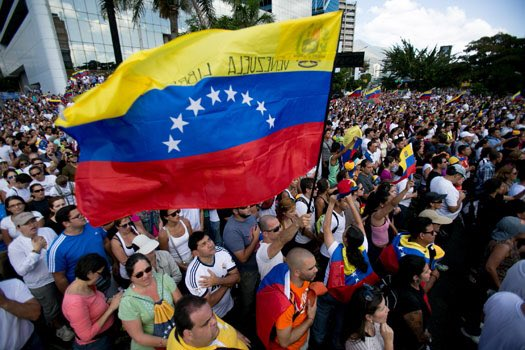 Any #government ,whether socialist or capitalist, loses its #legitimacy and #authority if #voices of #citizens are not heard.#Venezuela<br>http://pic.twitter.com/S7E8j16cGC