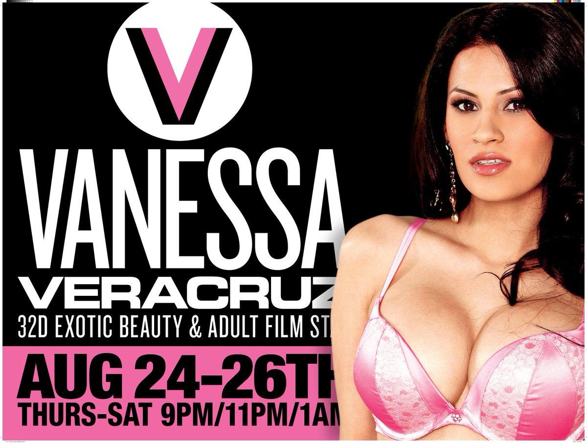 Vanessa Veracruz Nude Photos 14