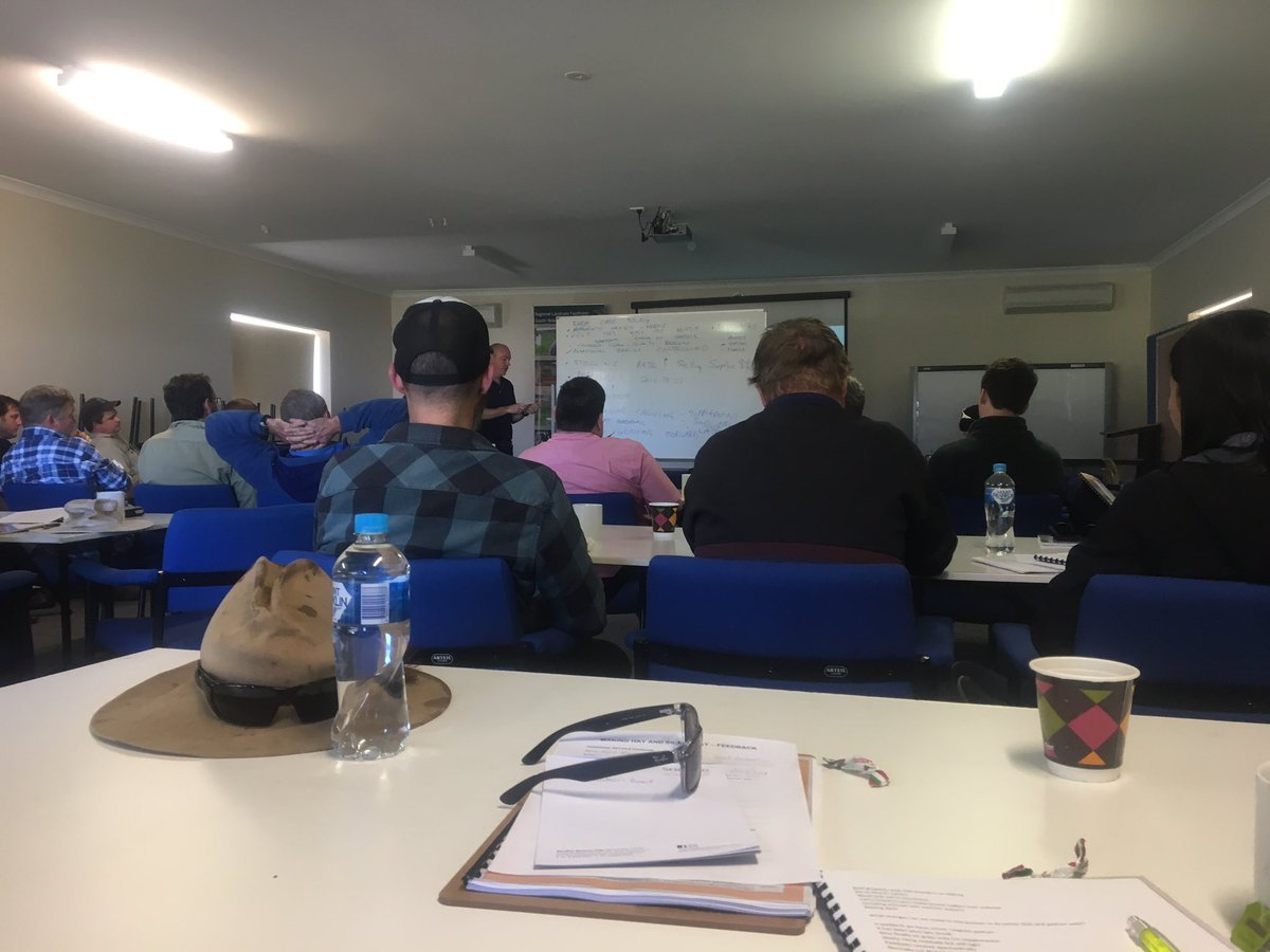 Making Hay and Silage Pay workshop #westernbeef #swcc #milnefeeds #elders #mla #landcare<br>http://pic.twitter.com/hnfT3xJg5B
