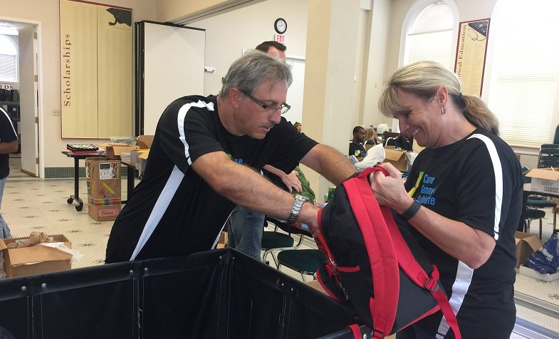 Volunteers from @The_DTCC #Tampa partnered with @Hillsedufnd to help students &amp; teachers ready themselves for the academic year.<br>http://pic.twitter.com/C6aSXGeT2B