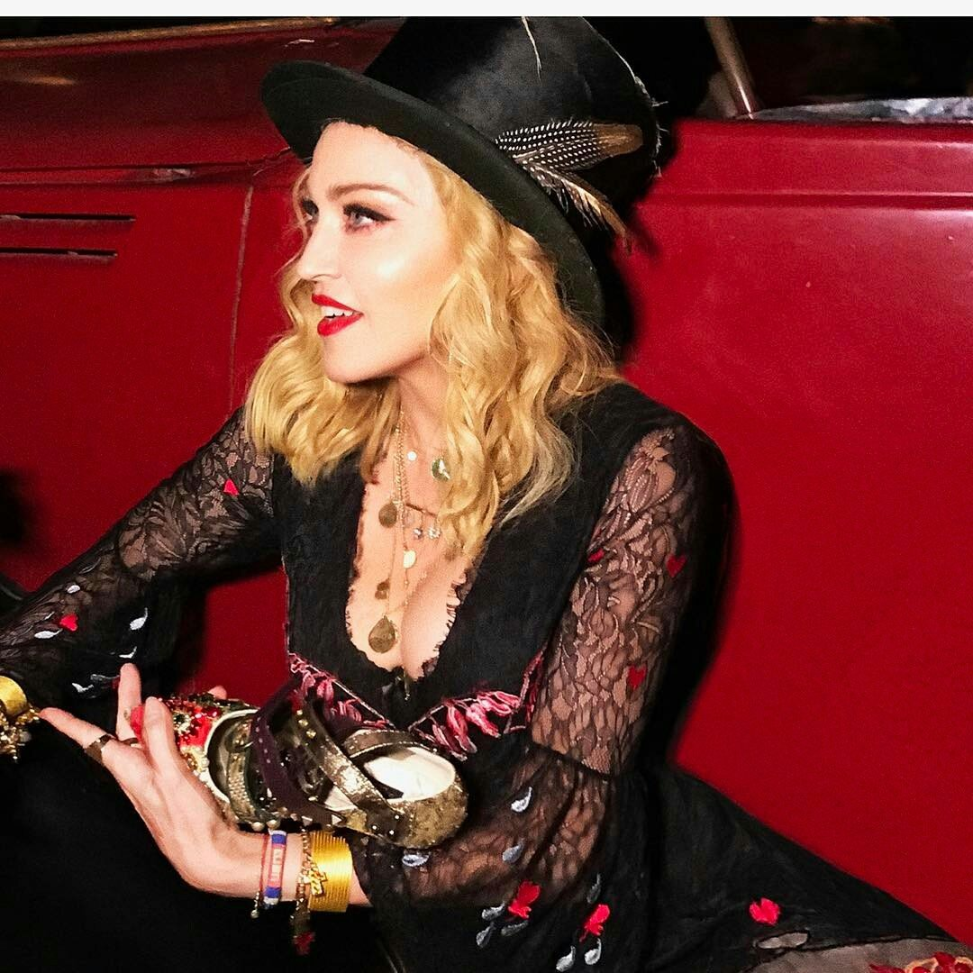 #regram from @madonna &quot;Im Italian!  we Talk with our Hands!  &quot;  https://www. instagram.com/p/BYGXwIABwDw/  &nbsp;  <br>http://pic.twitter.com/GD1XjQoQOL