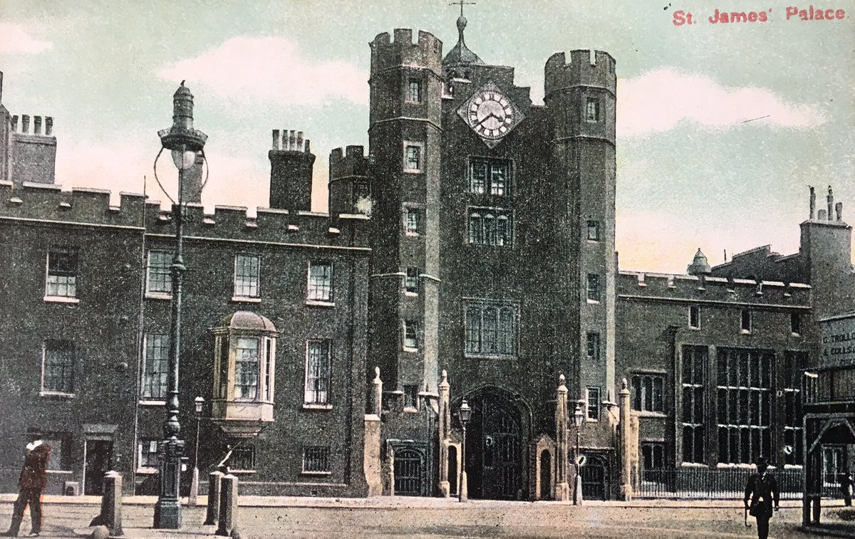 St James Palace built as a hunting lodge #London #Tudor Gateway,  (postcard 1907), and now. Henry VIII Royal Cypher in stone eroded by time<br>http://pic.twitter.com/JeNrs35qBU