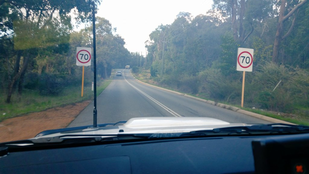 #HillsCops are seeking witnesses to the #burnout at Riley &amp; Kintore Rd&#39;s Parkerville today. FYI, we got his rego #rightplacerighttime #FB <br>http://pic.twitter.com/vjA1hC5qTH