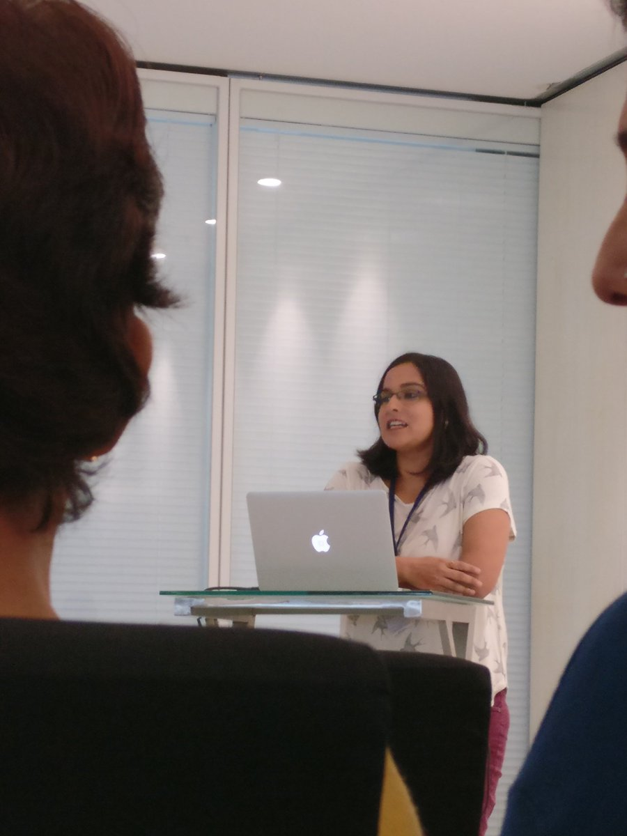 Sneha(from #Facebook) giving us tips on using #Instagram @ #TheSocialFoodie @GodrejGroup.com @Creativeland @foodonaplate #Mumbai #Influencer<br>http://pic.twitter.com/I83SYr4WTp