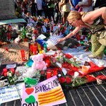 Abaten al autor del atentado en Barcelona https://...