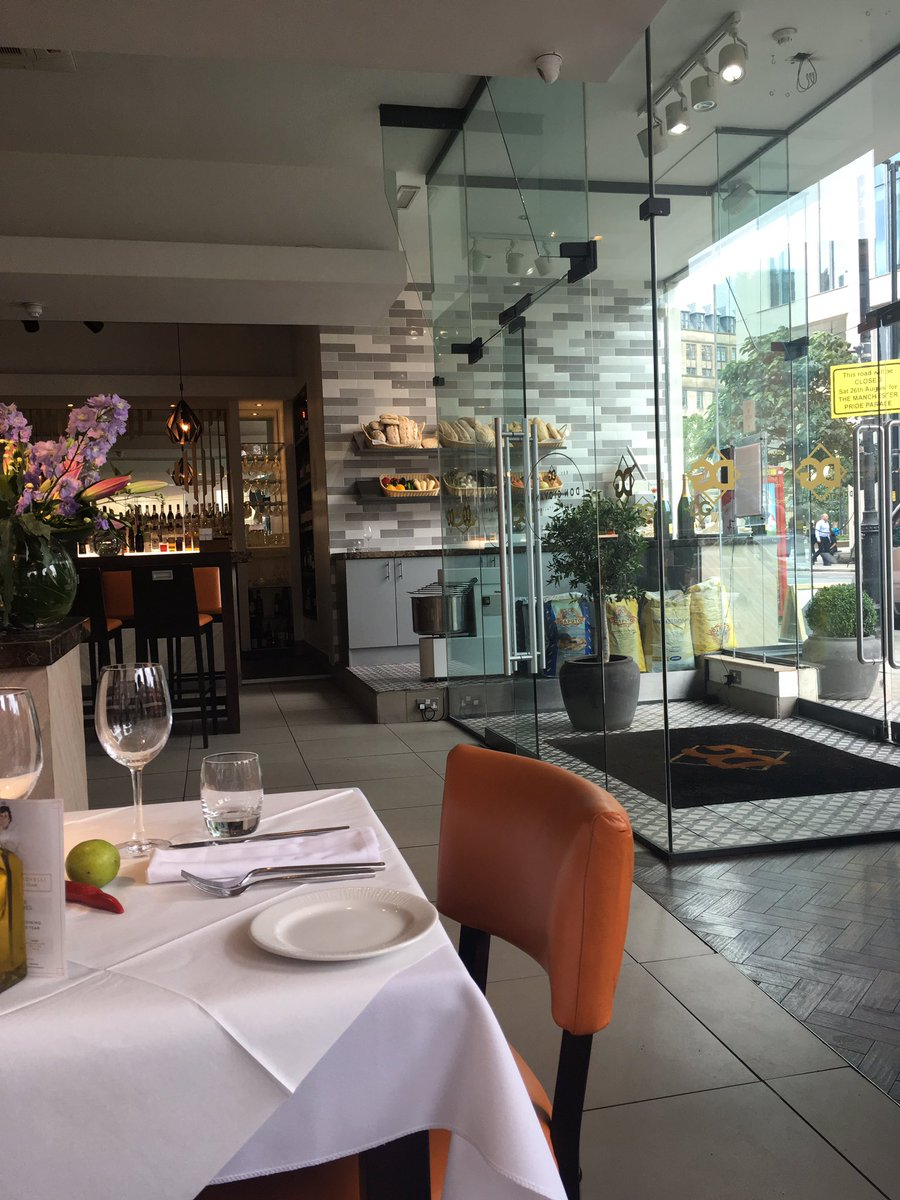 Great meeting @DonGiovanniMcr this morning #50%off food in August #manchester #dining #italianfood<br>http://pic.twitter.com/KBzT2QqigG