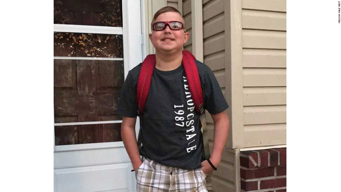 #trainer Boy with heart transplant dies on first day of school: Peyton West&#39;s parents would never…  http:// tw.eet.link/Pgnh1l  &nbsp;   #fit #fitness<br>http://pic.twitter.com/t3MNpcewuG