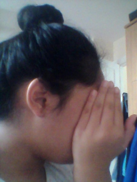 This messy bun is #OnFleek even I didn&#39;t try <br>http://pic.twitter.com/VvAewhliWp