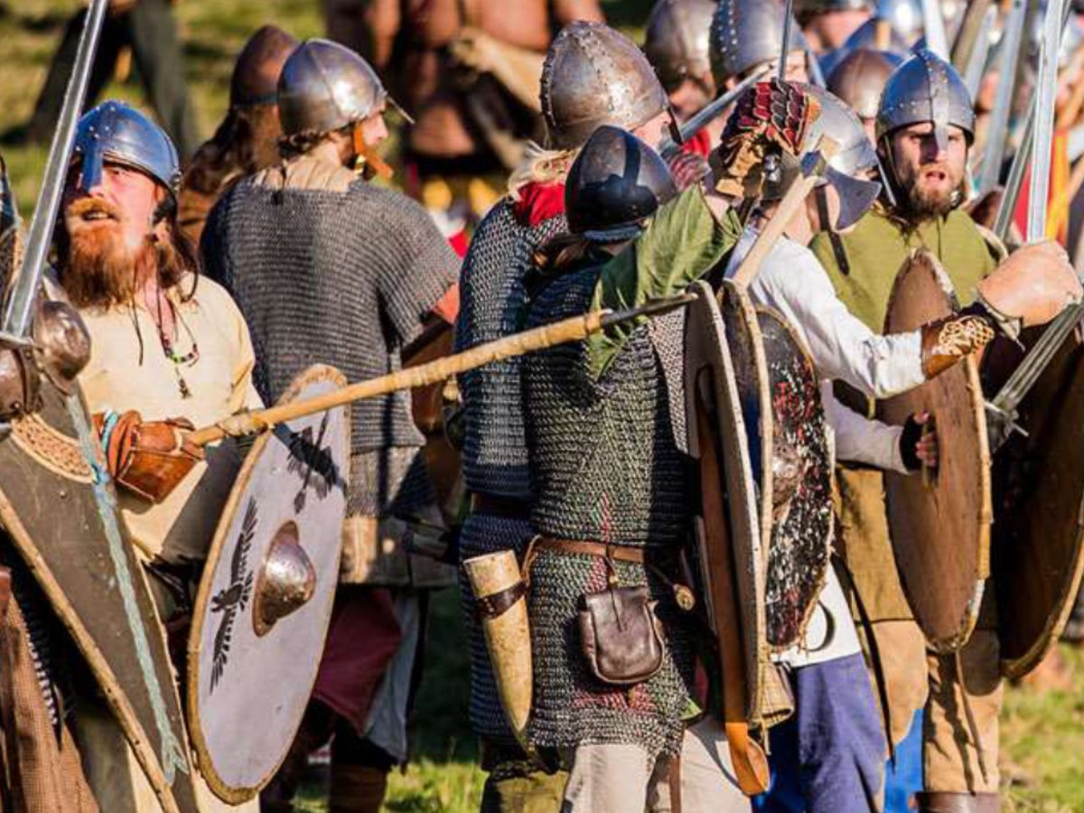 Nw Heritage On Twitter Come Get Your Kids Involved In The Battle Story Hastings 1066 Younghistorians Http English Heritageorguk Visit Places Of Abbey And Battlefield Things To See Do Competition
