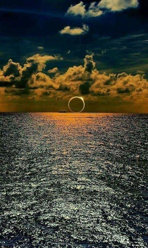 와 엄청나,, 한 인간에게 달과 태양 다 있는 느김,,