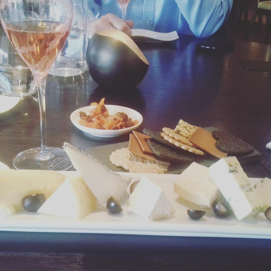 Fabulous meal @henleyboathouse Great food and a #British #CheeseBoard which we love! Cheeses from all over the country! Highly recommend! <br>http://pic.twitter.com/ezJcMwcwCX