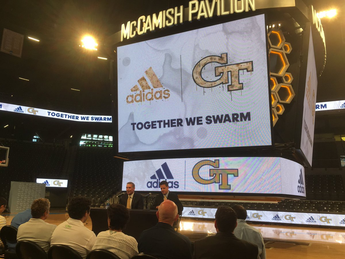 The three stripes look good on McCamish. #adidas #TogetherWeSwarm<br>http://pic.twitter.com/d5Ft2RDcP6