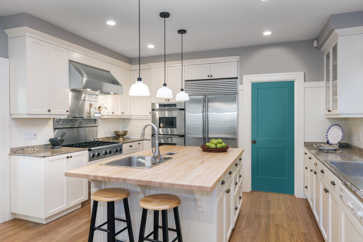 Masonite Doors On Twitter Consider Painting Your Door To Act As A