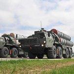Turquía firma un contrato con Rusia para adquirir...