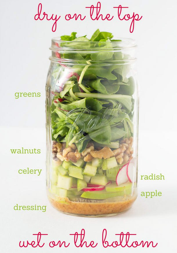 Thinking about school lunches yet? Here&#39;s some great ideas  https://www. buzzfeed.com/carolynkylstra /mason-jar-salads?utm_term=.rvlXXoz22o#.tsazz1eWW1 &nbsp; …  #nutrition #health #backtoschool #ygk #foodie #fitfam<br>http://pic.twitter.com/GaE9JuJUae