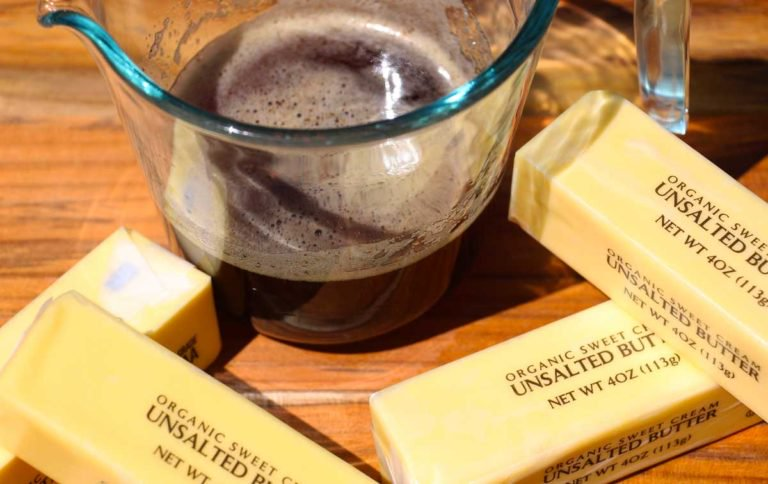 Making Brown #Butter is a 1 #ingredient easy sauce your #pasta will love! Recipe:  http://www. chophappy.com/tips/cooking-1 01/brown-butter/ &nbsp; … <br>http://pic.twitter.com/zMFm6w6jDl