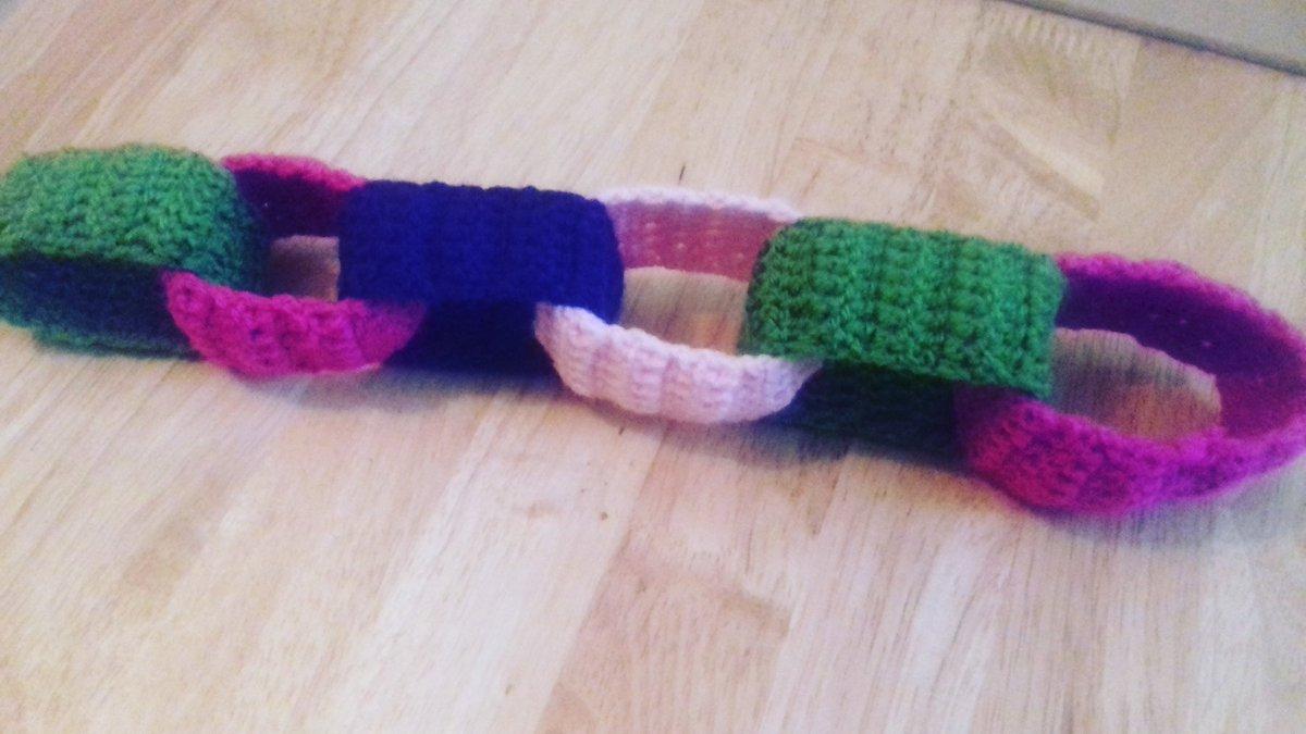 It&#39;s growing!  #crochet #chain #yarn #handmade #make #create #craft  @HappyRachel @MollieMakes @Hobbycraft @InsideCrochet @HandmadeHour <br>http://pic.twitter.com/mJMHV8KTD5